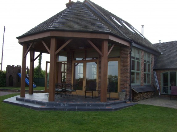 Extension with double doors in oak